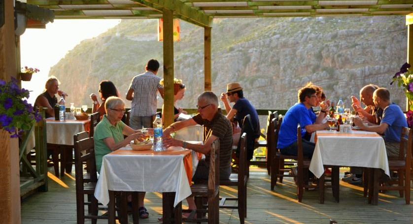 Lycian Way group Holidays Hiking group eating